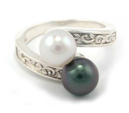 Tahitian Pearl Ring With Pave' Diamond Flowers